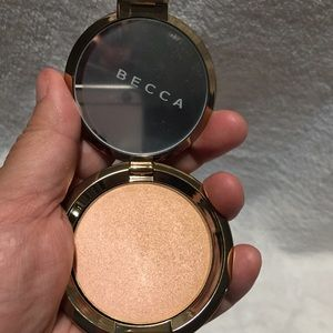 BECCA Makeup - NWT 💯AUTHENTIC BECCA CHAMPAGNE DREAMS
